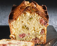 Cake yogourt rhubarbe